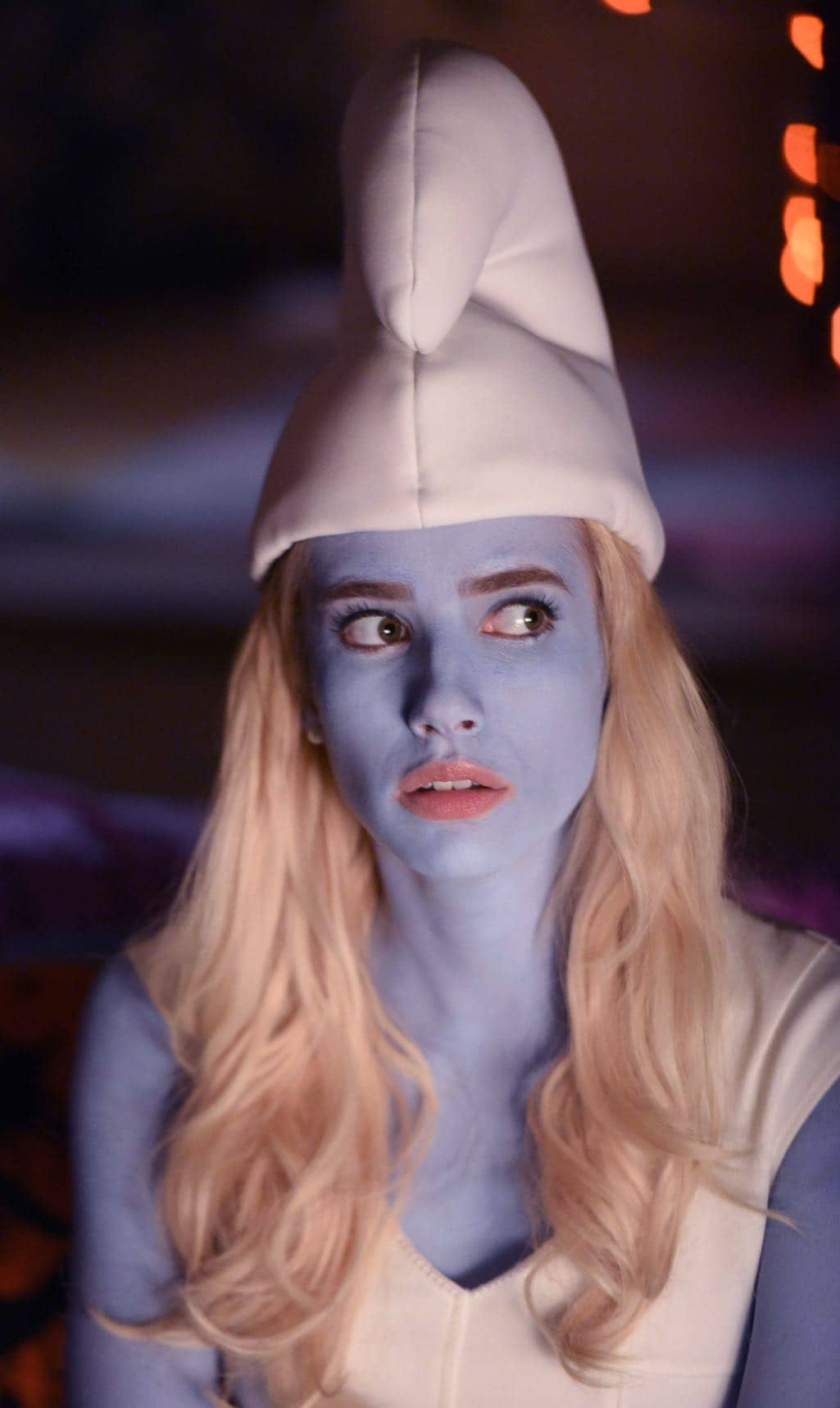 """SCREAM QUEENS: Emma Roberts in the all-new """"Halloween Blues"""" episode of SCREAM QUEENS airing Tuesday, Oct. 18 (9:01-10:00 PM ET/PT) on FOX. Cr: Michael Becker / FOX. © 2016 FOX Broadcasting Co."""