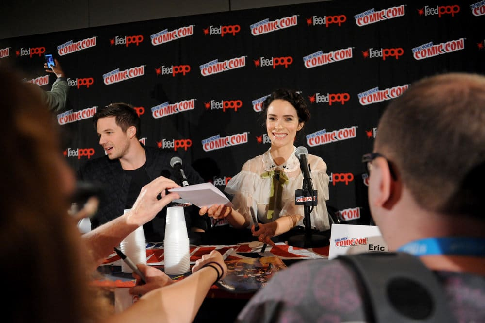 "NEW YORK COMIC CON 2016 -- ""Timeless"" Panel -- Pictured: (l-r) Matt Lanter, Abigail Spencer on Sunday, October 9, 2016 from the Javits Center in New York, NY -- (Photo by: Brad Barket/NBC)"