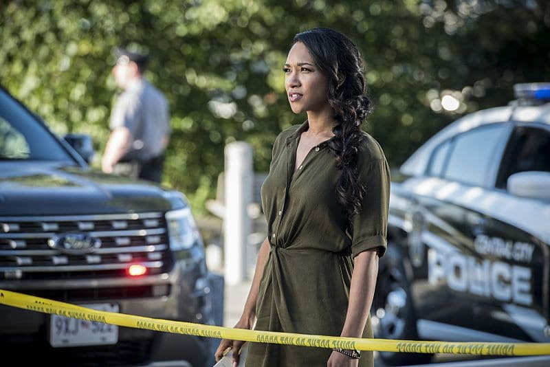 "The Flash -- ""Paradox"" -- Image: FLA302a_0144b.jpg -- Pictured: Candice Patton as Iris West -- Photo: Dean Buscher/The CW -- © 2016 The CW Network, LLC. All rights reserved."