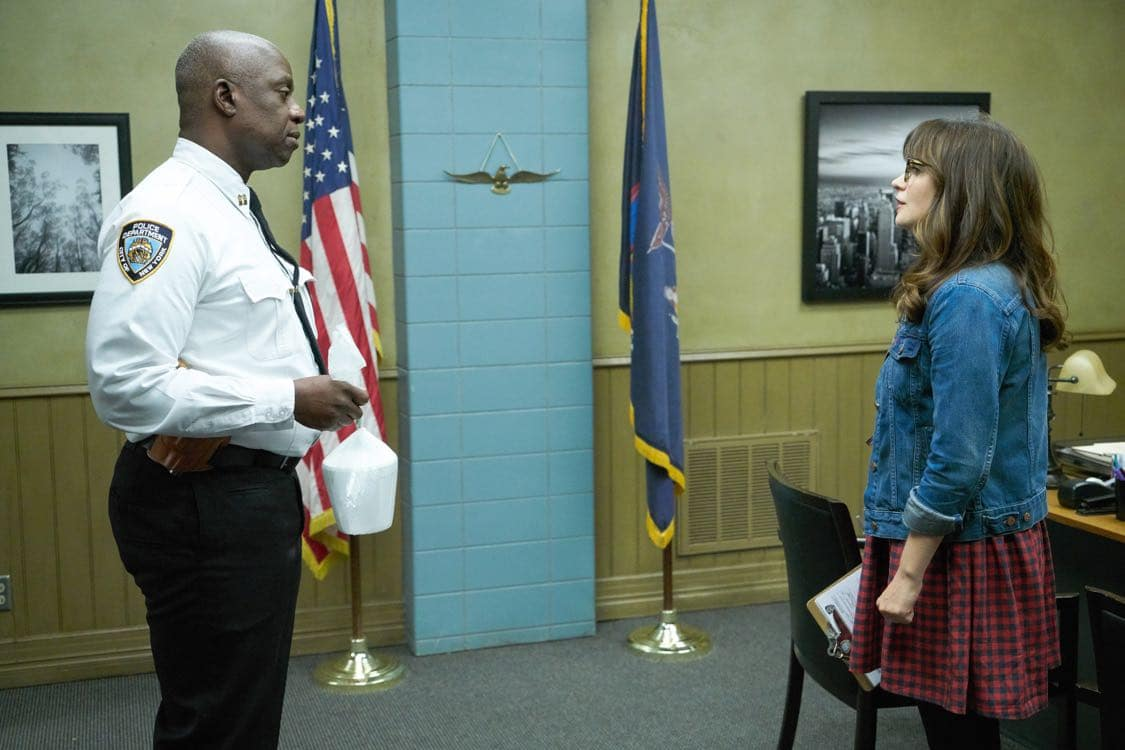 """NEW GIRL: L-R: Guest star Andre Braugher and Zooey Deschanel in the special """"Homecoming"""" NEW GIRL/BROOKLYN NINE-NINE crossover episode of NEW GIRL airing Tuesday, Oct. 11 (8:31-9:01 PM ET/PT) on FOX. ©2015 Fox Broadcasting Co. Cr: Adam Taylor/FOX"""