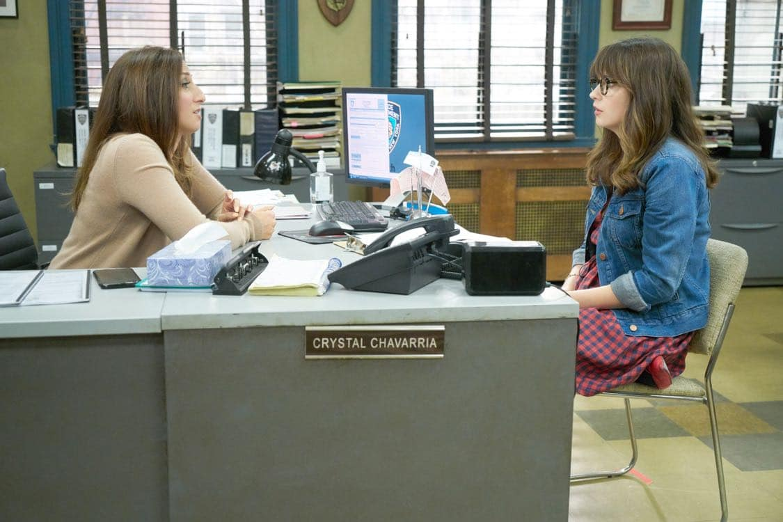 """NEW GIRL: L-R: Guest star Chelsea Peretti and Zooey Deschanel in the special """"Homecoming"""" NEW GIRL/BROOKLYN NINE-NINE crossover episode of NEW GIRL airing Tuesday, Oct. 11 (8:31-9:01 PM ET/PT) on FOX. ©2015 Fox Broadcasting Co. Cr: Adam Taylor/FOX"""