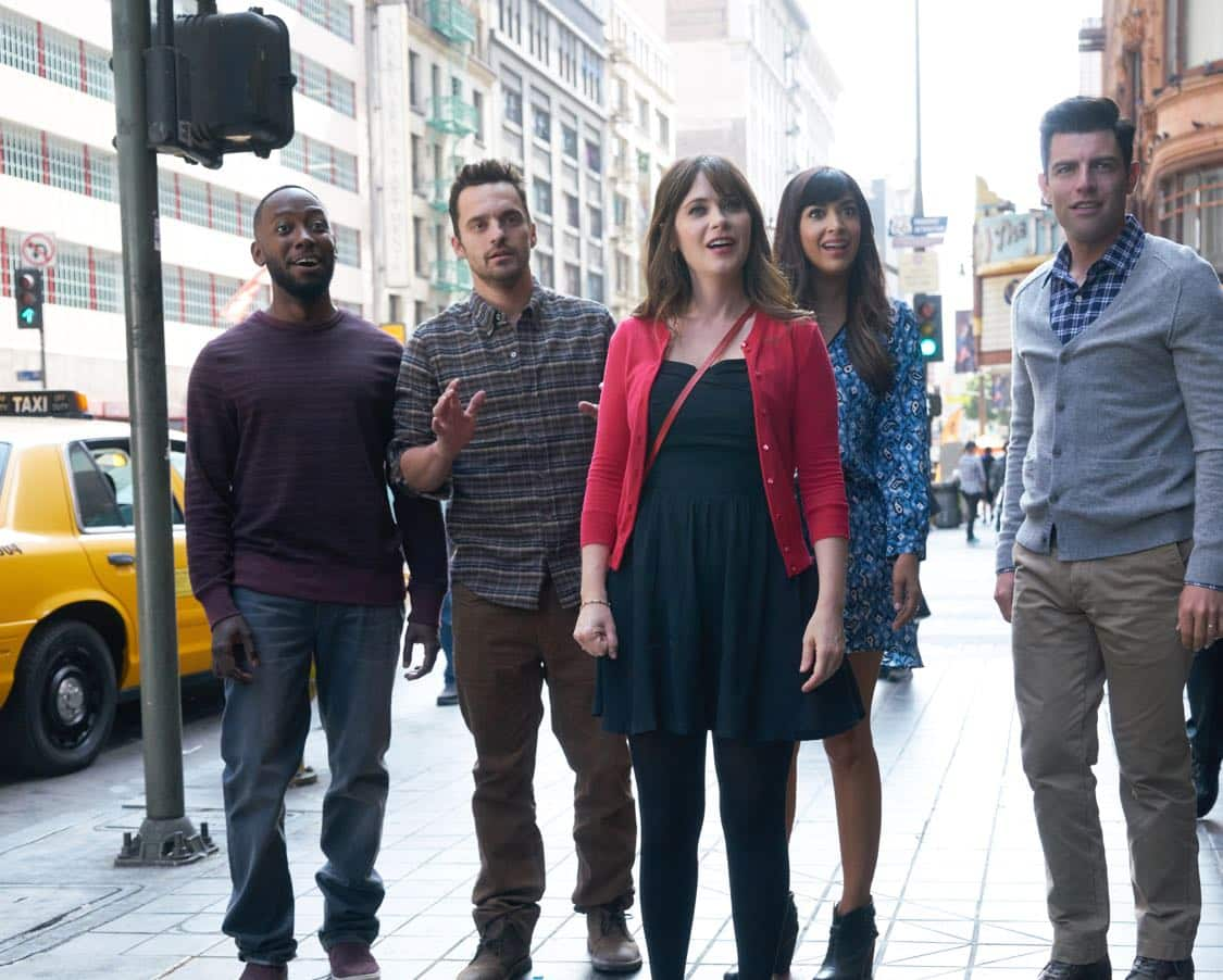 """NEW GIRL: L-R: Lamorne Morris, Jake Johnson, Zooey Deschanel, Hannah Simone and Max Greenfield in the special """"Homecoming"""" NEW GIRL/BROOKLYN NINE-NINE crossover episode of NEW GIRL airing Tuesday, Oct. 11 (8:31-9:01 PM ET/PT) on FOX. ©2015 Fox Broadcasting Co. Cr: Adam Taylor/FOX"""
