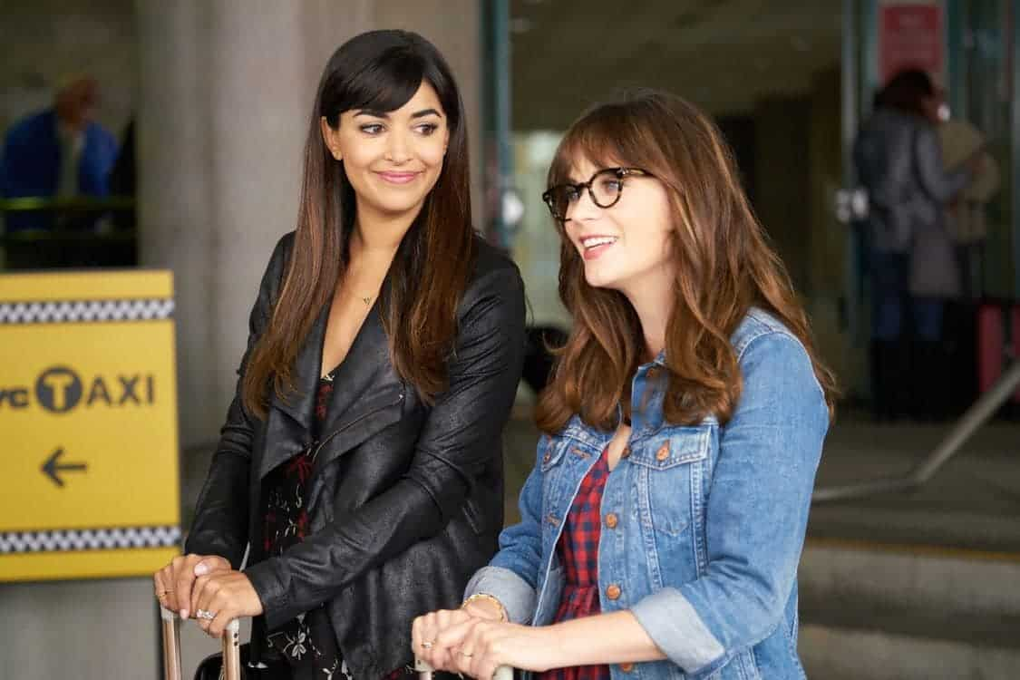 """NEW GIRL: L-R: Hannah Simone and Zooey Deschanel in the special """"Homecoming"""" NEW GIRL/BROOKLYN NINE-NINE crossover episode of NEW GIRL airing Tuesday, Oct. 11 (8:31-9:01 PM ET/PT) on FOX. ©2015 Fox Broadcasting Co. Cr: Adam Taylor/FOX"""