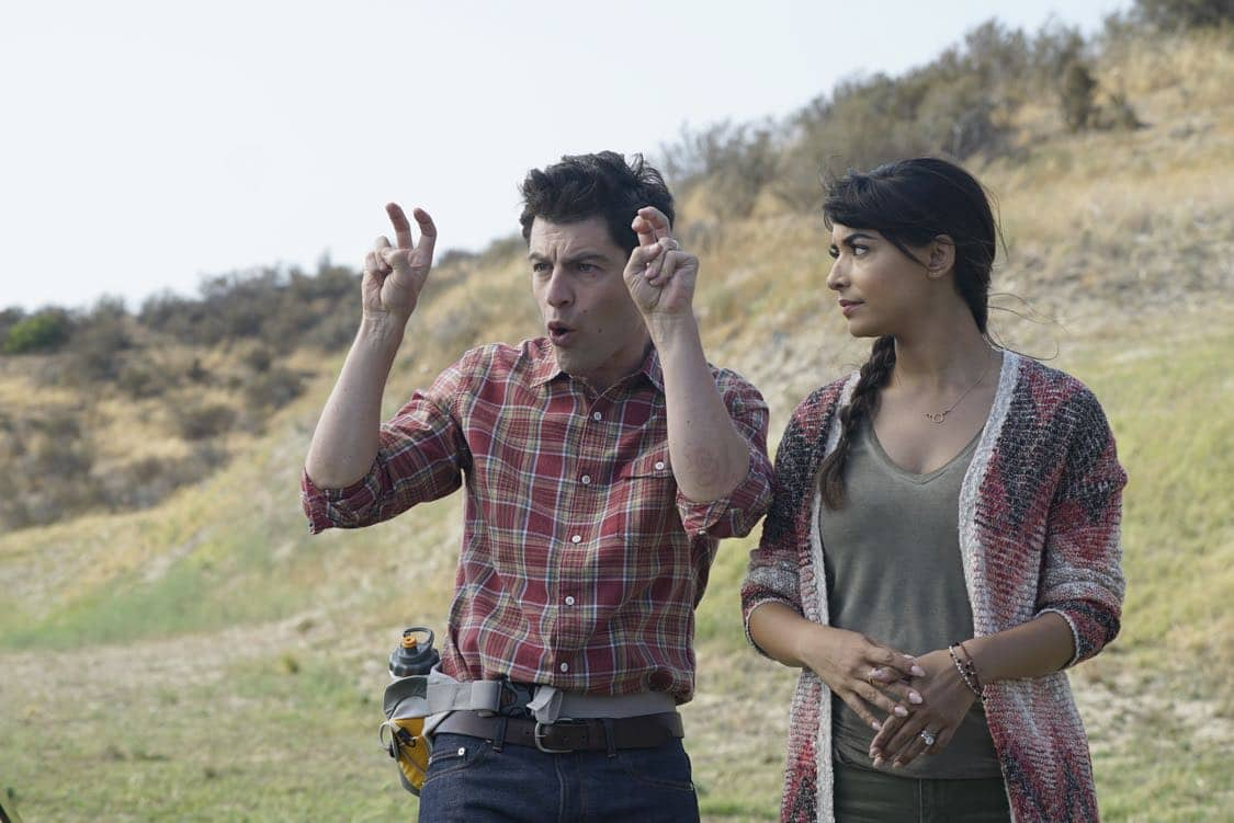 "NEW GIRL: L-R: Max Greenfield and Hannah Simone in the "" Africa or Retractable S'mores Pole"" episode of NEW GIRL airing Tuesday, Oct. 4 (8:30-9:00 PM ET/PT) on FOX. ©2016 Fox Broadcasting Co. Cr: Jennifer Clasen/FOX"