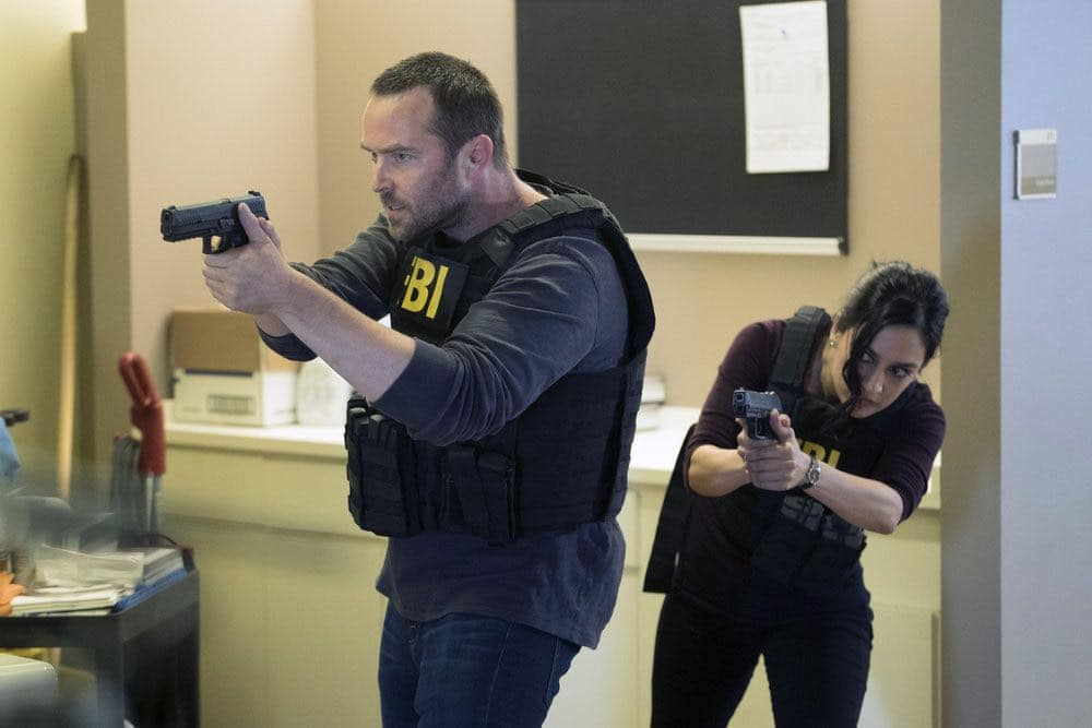 "BLINDSPOT-- ""Condone Untidiest Thefts"" Episode 205 -- Pictured: (l-r) Sullivan Stapleton as Kurt Weller, Archie Panjabi as Nas Kamal -- (Photo by: Peter Kramer/NBC)"
