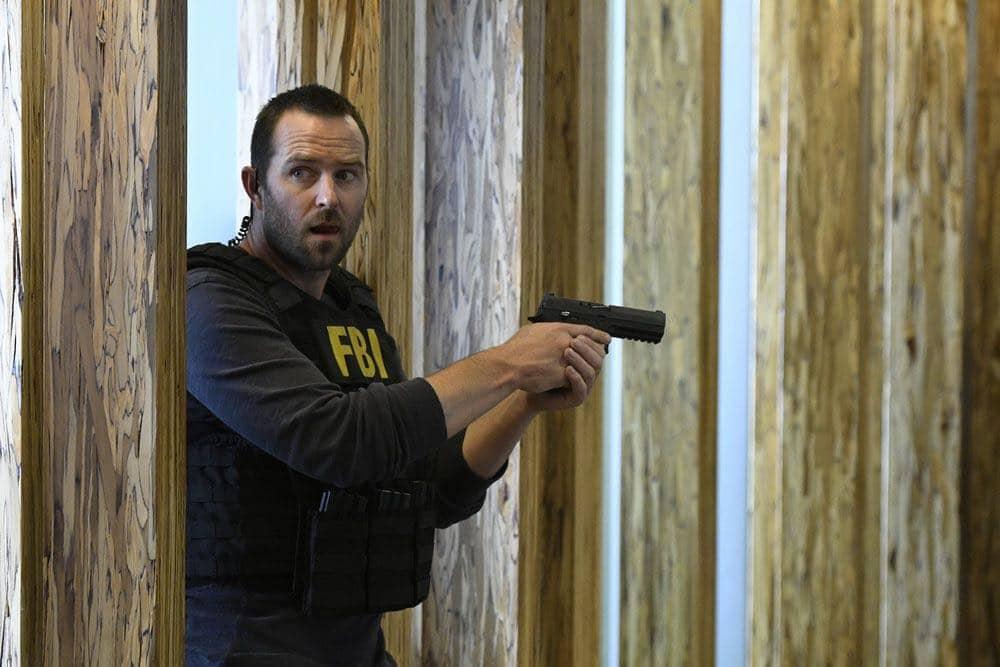 "BLINDSPOT-- ""Condone Untidiest Thefts"" Episode 205 -- Pictured: Sullivan Stapleton as Kurt Weller -- (Photo by: Peter Kramer/NBC)"