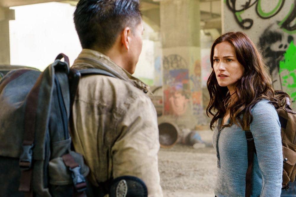 "VAN HELSING -- ""Coming Back"" Episode 104 -- Pictured: Kelly Overton as Vanessa Van Helsing -- (Photo by: Dan Power/Helsing S1 Productions/Syfy)"
