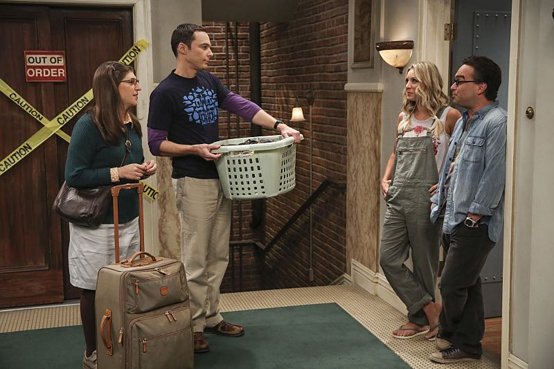 """""""The Cohabitation Experimentation"""" -- Pictured: Amy Farrah Fowler (Mayim Bialik), Sheldon Cooper (Jim Parsons), Penny (Kaley Cuoco) and Leonard Hofstadter (Johnny Galecki). When Amy's apartment floods, she proposes a """"cohabitation experiment"""" with Sheldon. Also, Howard and Bernadette are upset when Koothrappali learns the gender of the baby before them, on THE BIG BANG THEORY, Monday, Oct. 10 (8:00-8:31 PM, ET/PT), on the CBS Television Network. Photo: Michael Yarish/Warner Bros. Entertainment Inc. © 2016 WBEI. All rights reserved."""
