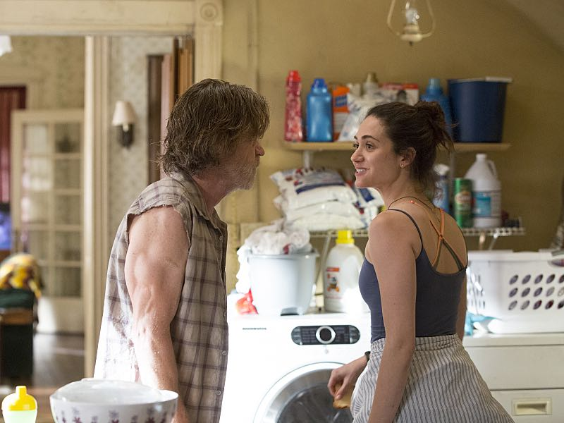 William H. Macy as Frank Gallagher and Emmy Rossum as Fiona Gallagher in Shameless (Season 7, episode 2) - Photo: Cliff Lipson/SHOWTIME - Photo ID: shameless_702_0686
