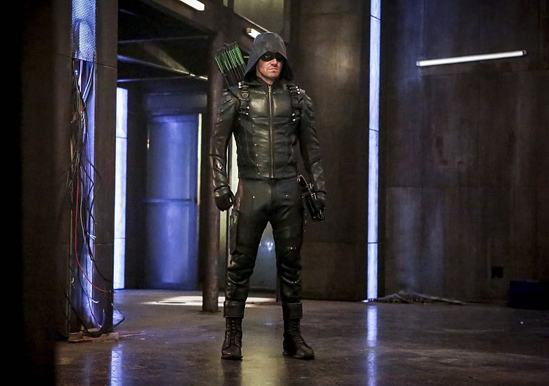 """Arrow -- """"The Recruits"""" -- Image AR502a_0077b.jpg -- Pictured: Stephen Amell as Green Arrow -- Photo: Bettina Strauss/The CW -- © 2016 The CW Network, LLC. All Rights Reserved."""