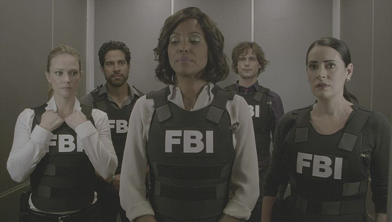 """""""Mirror Image"""" -- The BAU team opens an investigation when a man who fully believes he's Dr. Tara Lewis' (Aisha Tyler) brother arrives in town, knowing everything about her and her family, and she is unable to make contact with her real sibling, on CRIMINAL MINDS, Wednesday, Nov. 30 (9:00-10:00 PM, ET/PT), on the CBS Television Network. Series star Joe Mantegna directed the episode. Pictured: A.J. Cook (Jennifer """"JJ"""" Jareau), Adam Rodriguez (Luke Alvez), Aisha Tyler (Dr. Tara Lewis), Matthew Gray Gubler (Dr. Spencer Reid), Paget Brewster (Emily Prentiss) Photo: CBS ©2016 CBS Broadcasting, Inc. All Rights Reserved"""