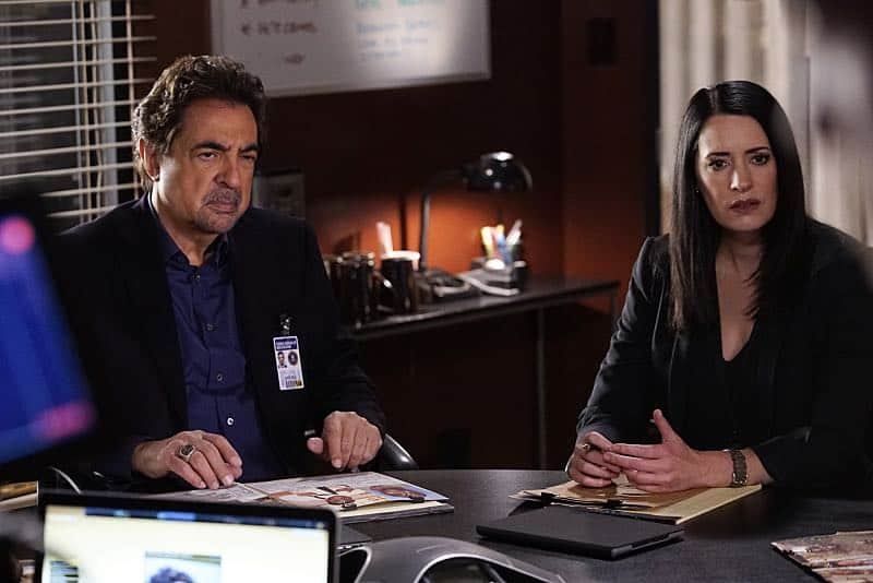 """""""Mirror Image"""" -- The BAU team opens an investigation when a man who fully believes he's Dr. Tara Lewis' (Aisha Tyler) brother arrives in town, knowing everything about her and her family, and she is unable to make contact with her real sibling, on CRIMINAL MINDS, Wednesday, Nov. 30 (9:00-10:00 PM, ET/PT), on the CBS Television Network. Series star Joe Mantegna directed the episode. Pictured: Joe Mantegna (David Rossi), Paget Brewster (Emily Prentiss) Photo: Robert Voets/CBS ©2016 CBS Broadcasting, Inc. All Rights Reserved"""