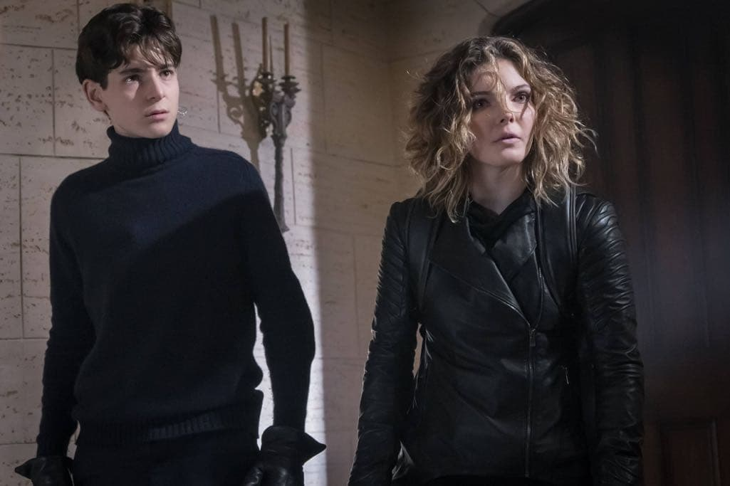 "GOTHAM: L-R: David Mazouz and Camren Bicondova in the ""Mad City: Beware the Green-Eyed Monster"" episode of GOTHAM airing Monday, Nov. 28 (8:00-9:01 PM ET/PT) on FOX. Cr: Jeff Neumann/FOX."