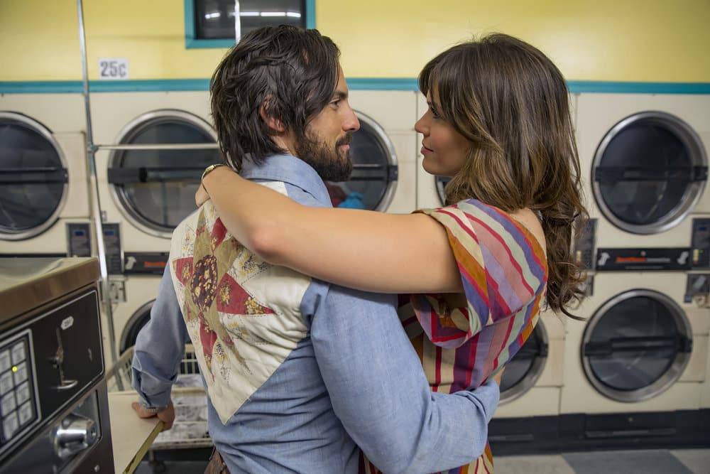 "THIS IS US -- ""The Best Washing Machine in the Whole World "" Episode 107 -- Pictured: (l-r) Milo Ventimiglia as Jack, Mandy Moore as Rebecca -- (Photo by: Ron Batzdorff/NBC)"