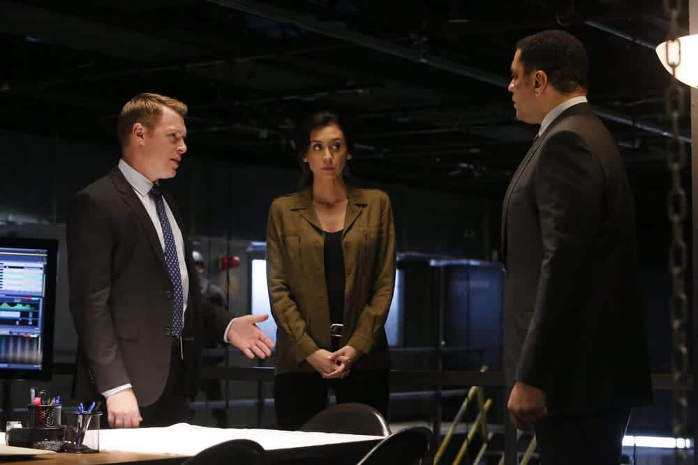 "THE BLACKLIST -- ""Dr. Adrian Shaw (#98): Conclusion"" Episode 408 -- Pictured: (l-r) Diego Klattenhoff as Donald Ressler, Mozhan Marno as Samar Navabi, Harry Lennix as Harold Cooper -- (Photo by: Will Hart/NBC)"