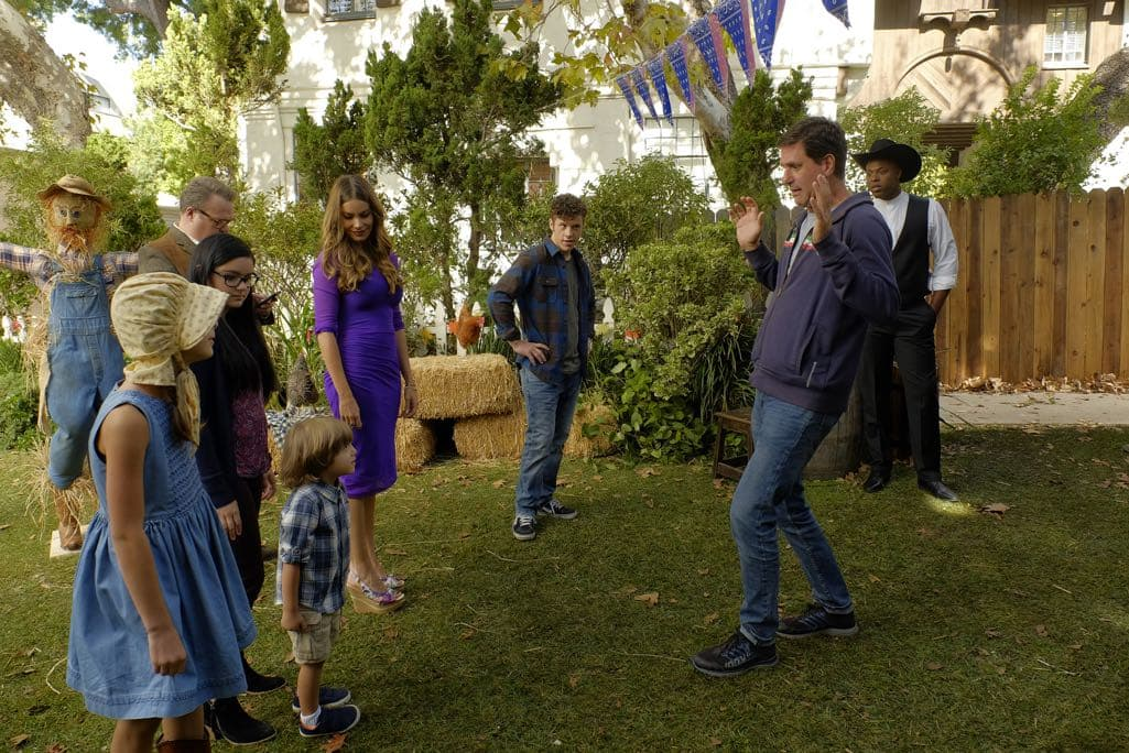 """MODERN FAMILY - """"Thanksgiving Jamboree"""" - It's going to be a Thanksgiving jamboree at the Pritchett-Tucker home this year, and Cameron has spared no expense. While Phil tries to get used to Rainer Shine (Nathan Fillion) dating his daughter, Hayley has to break it to her dad that she would rather spend the rest of her holiday with her new boyfriend than staying for the traditional family football game. Meanwhile, Jay has to figure out a way to keep his blood pressure down on one of the most stressful days of the year, as Gloria tries to show Joe that animals are our friends. Finally, Alex and Dwight get to know each other a little better than her Uncle Cam would like, while Mitchell has to stop clowning around and tell Cam the truth, on ABC's """"Modern Family,"""" airing on WEDNESDAY, NOVEMBER 16 (9:00-9:31 p.m. EDT). (ABC/Tony Rivetti) AUBREY ANDERSON-EMMONS, ERIC STONESTREET, ARIEL WINTER, JEREMY MAGUIRE, SOFIA VERGARA, NOLAN GOULD, STEVEN LEVITAN (DIRECTOR/EXECUTIVE PRODUCER), WINSTON DUKE"""
