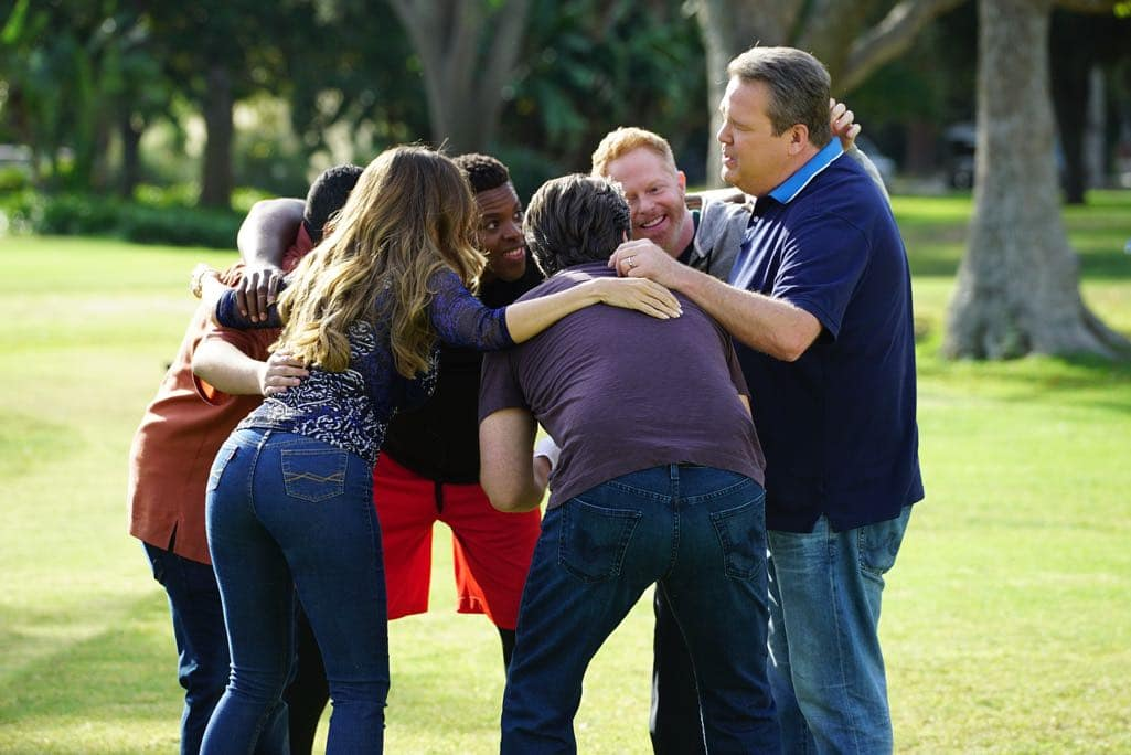 """MODERN FAMILY - """"Thanksgiving Jamboree"""" - It's going to be a Thanksgiving jamboree at the Pritchett-Tucker home this year, and Cameron has spared no expense. While Phil tries to get used to Rainer Shine (Nathan Fillion) dating his daughter, Hayley has to break it to her dad that she would rather spend the rest of her holiday with her new boyfriend than staying for the traditional family football game. Meanwhile, Jay has to figure out a way to keep his blood pressure down on one of the most stressful days of the year, as Gloria tries to show Joe that animals are our friends. Finally, Alex and Dwight get to know each other a little better than her Uncle Cam would like, while Mitchell has to stop clowning around and tell Cam the truth, on ABC's """"Modern Family,"""" airing on WEDNESDAY, NOVEMBER 16 (9:00-9:31 p.m. EDT). (ABC/Richard Cartwright) WINSTON DUKE, JESSE TYLER FERGUSON, ERIC STONESTREET"""