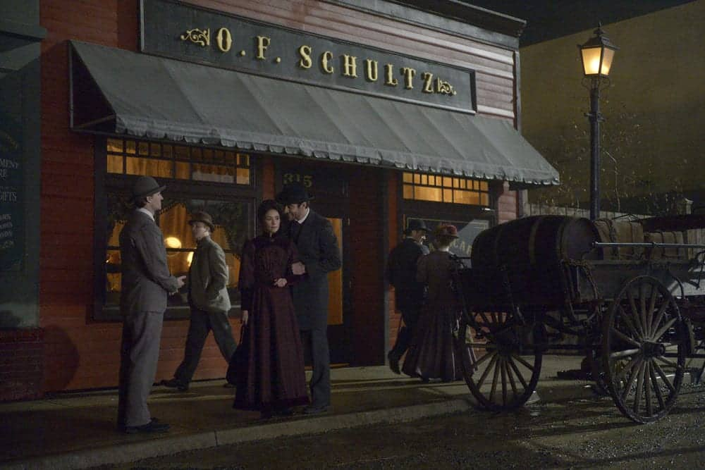 """TIMELESS -- """"The World's Columbian Exposition"""" Episode 111 -- Pictured: (l-r) Abigail Spencer as Lucy Preston, Goran Visnjic as Garcia Flynn"""