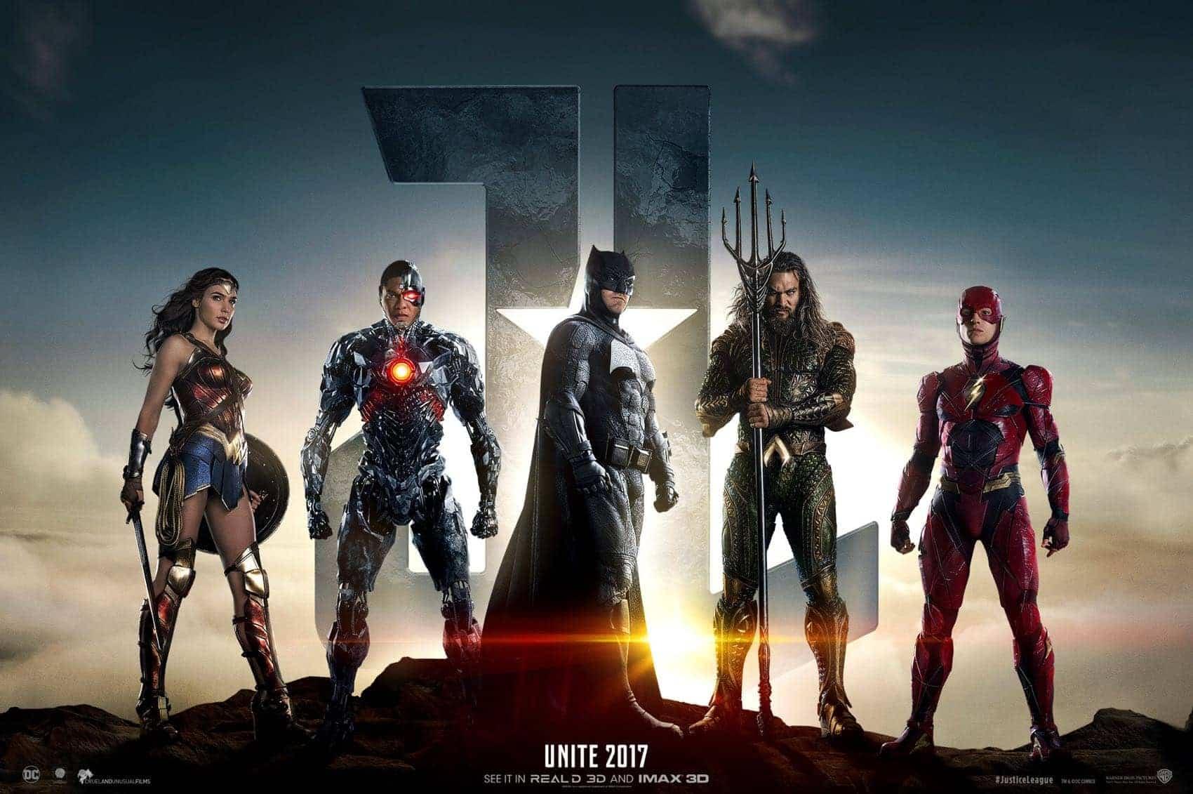 Justice-League-Poster-Batman-Wonder-Woman-Aquaman-Cyborg-The-Flash