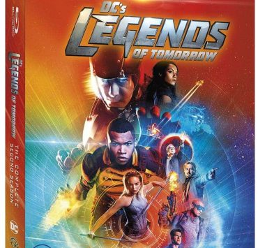 DCS-LEGENDS-OF-TOMORROW-Season-2-Bluray-Cover
