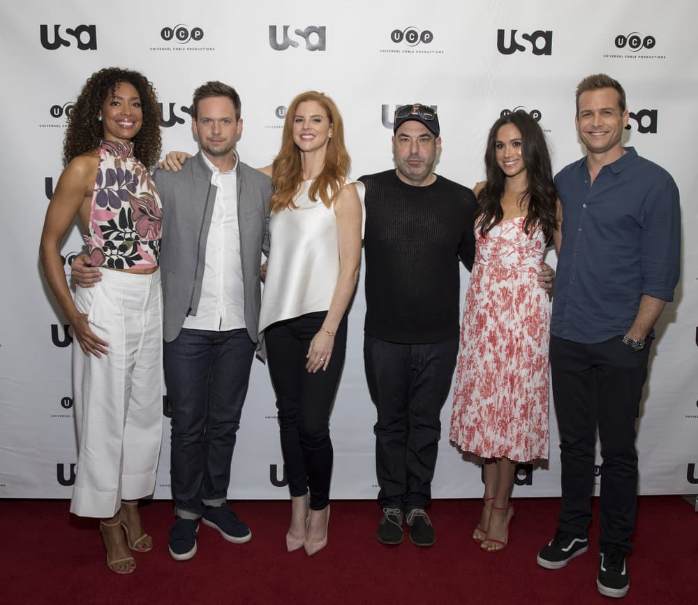 SUITS -- Script Reading Presented by USA Network -- Pictured: (l-r) Gina Torres, Patrick J. Adams, Sarah Rafferty, Rick Hoffman, Meghan Markle, Gabriel Macht -- (Photo by: Rick Kern/USA Network)