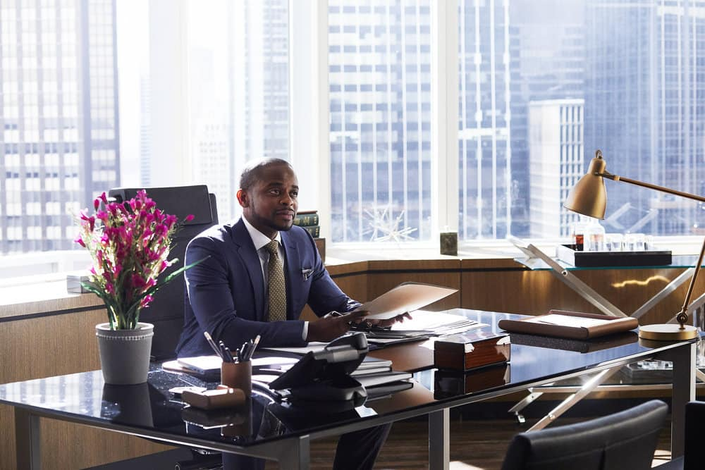 "SUITS -- ""Mudmare"" Episode 703 -- Pictured: Dulé Hill as Alex Williams"