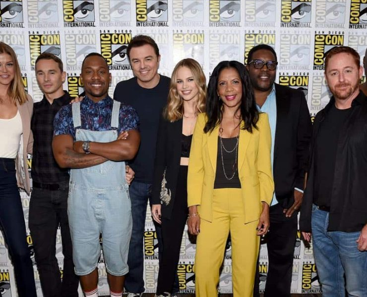 FOX FANFARE AT SAN DIEGO COMIC-CON © 2017: L-R: THE ORVILLE cast members Adrianne Palicki, Mark Jackson, J. Lee, cast member/Executive Producer Seth MacFarlane, cast members Halston Sage, Penny Johnson Jerald, Chad L. Coleman, Scott Grimes and Peter Macon during THE ORVILLE press room on Saturday, July 22 at the FOX FANFARE AT SAN DIEGO COMIC-CON © 2017. CR: Frank Micelotta/FOX © 2017 FOX BROADCASTING
