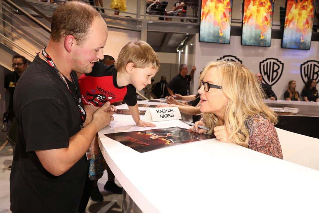 LUCIFER star Rachael Harris answers a fan's burning question at the Warner Bros. booth at Comic-Con 2017 on Saturday, July 22. #WBSDCC (© 2017 WBEI. All Rights Reserved)