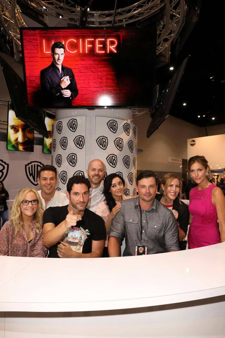 The cast and executive producers of LUCIFER turn up the heat at Comic-Con 2017 at the Warner Bros. booth on Saturday, July 22. #WBSDCC (© 2017 WBEI. All Rights Reserved)