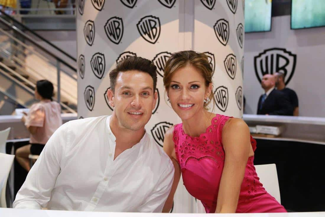 LUCIFER star Kevin Alejandro and Tricia Helfer enjoy a little time together at the Warner Bros. booth at Comic-Con 2017 on Saturday, July 22. #WBSDCC (© 2017 WBEI. All Rights Reserved)