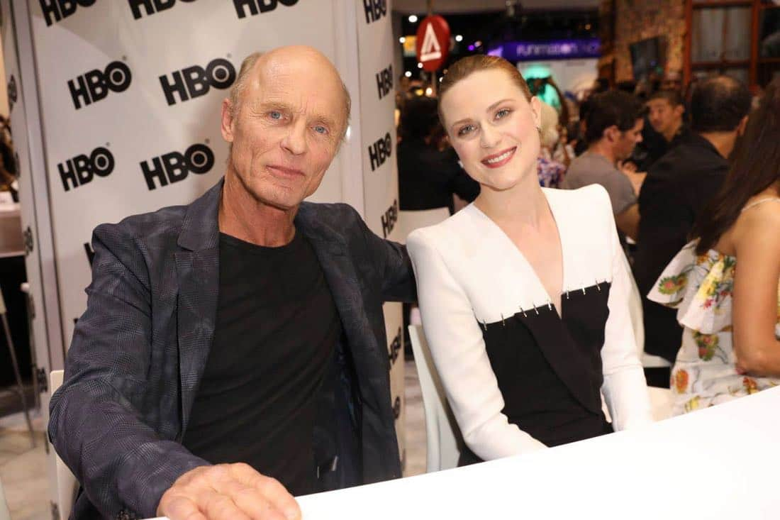 WESTWORLD stars Ed Harris and Evan Rachel Wood visit the Warner Bros. booth at Comic-Con 2017 on Saturday, July 22. #WBSDCC (© 2017 WBEI. All Rights Reserved)