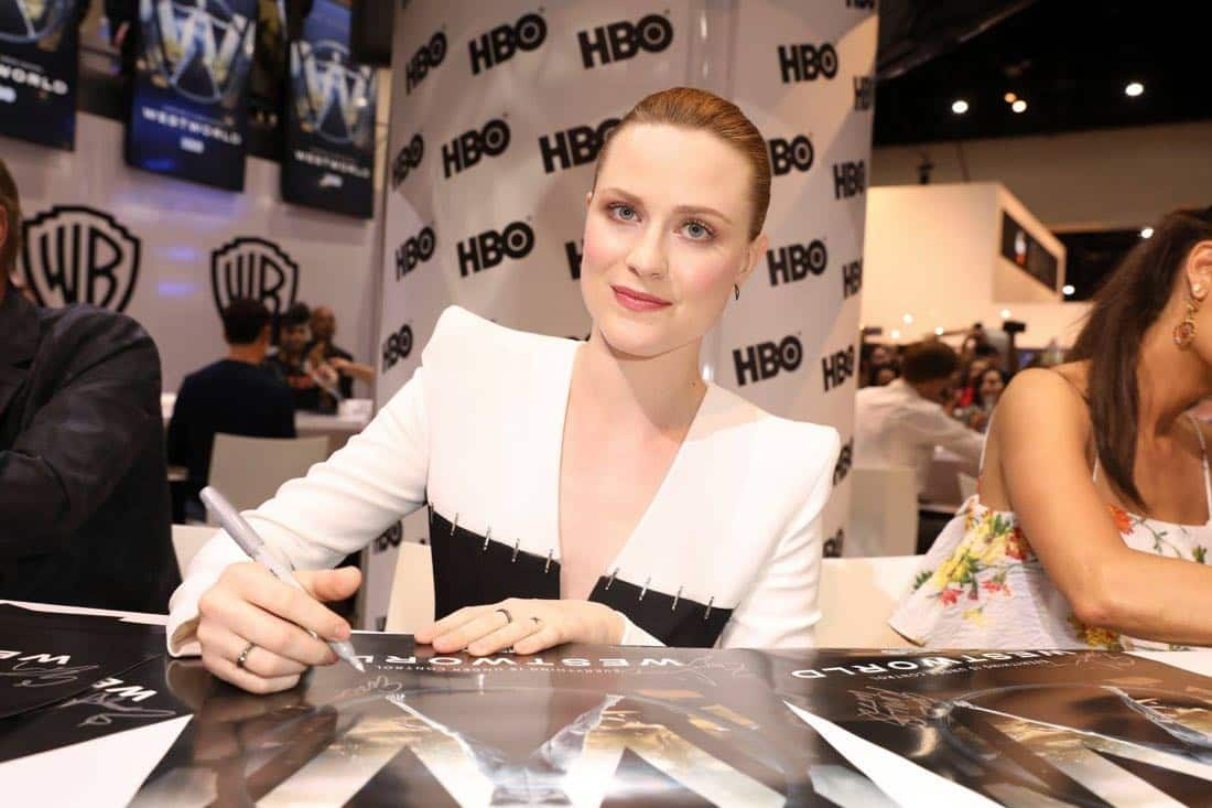 Series star Evan Rachel Wood signs autographs for fans at the Warner Bros. booth at Comic-Con 2017 on Saturday, July 22. #WBSDCC (© 2017 WBEI. All Rights Reserved)