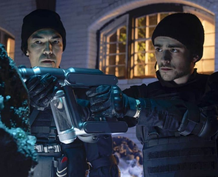 """""""Chip Off the Ol' Block"""" - Darius recruits Grace, Harris and Liam for a dangerous mission, and Jillian confronts Liam about his secret, on SALVATION, Wednesday, August 9 (9:00-10:00, ET/PT). Pictured: Ian Anthony Dale, Charlie Rowe. Photo: Ben Mark Holzberg/CBS ©2017 CBS Broadcasting Inc. All Rights Reserved"""