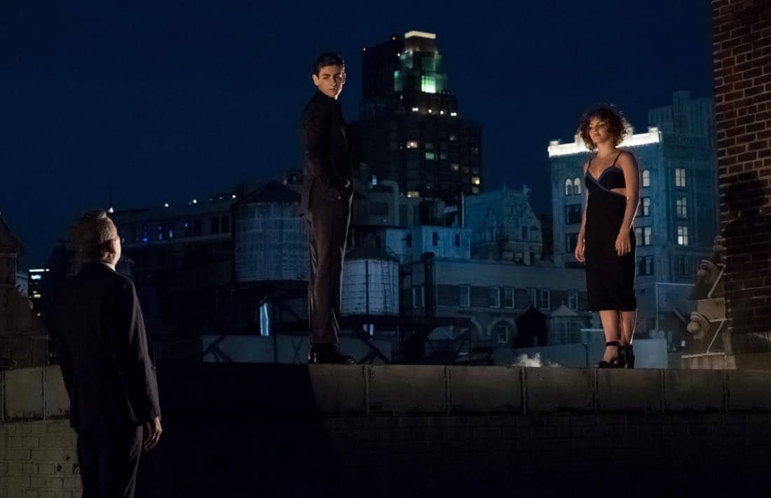 "GOTHAM: L-R: Sean Pertwee, David Mazouz and Camren Bicondova in the ""Pax Penguina"" season premiere episode of GOTHAM airing Thursday, Sept. 21 (8:00-9:01 PM ET/PT) on FOX. ©2017 Fox Broadcasting Co. Cr: Jeff Neumann/FOX."