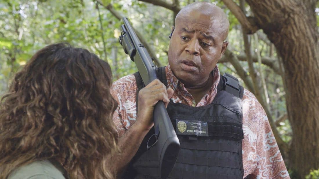 """'A'ole e 'lelo mai ana ke ahi ua ana ia"" -- McGarrett and Danny recruit Tani Rey (Meaghan Rath) to join the task force when diabolical hacker Aaron Wright (Joey Lawrence) releases a dangerous arsonist from prison, on the eighth season premiere of HAWAII FIVE-0, Friday, Sept. 29 (9:00-10:00 PM, ET/PT) on the CBS Television Network. The season premiere includes animation of one of McGarrett and Danny's infamous ""car-guements."" Also, Randy Couture returns, and Joey Lawrence joins his brother, Andrew, when he guest stars as Aaron Wright, a hacker. Pictured: Chi McBride as Lou Grover.  Photo: Best Screen Grab Available/CBS ©2017 CBS Broadcasting, Inc. All Rights Reserved  (""'A'ole e 'lelo mai ana ke ahi ua ana ia"" is Hawaiian for ""Fire Will Never Say that It Has Had Enough"")"