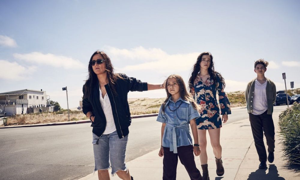 BETTER THINGS -- Pictured: (l-r) Pamela Adlon as Sam Fox, Olivia Edward as Duke, Mikey Madison as Max, Hannah Alligood as Frankie. CR: Pamela Littky/FX