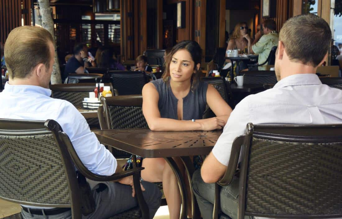 """'A'ole e 'ōlelo mai ana ke ahi ua ana ia"" -- McGarrett and Danny recruit Tani Rey (Meaghan Rath) to join the task force when diabolical hacker Aaron Wright (Joey Lawrence) releases a dangerous arsonist from prison, on the eighth season premiere of HAWAII FIVE-0, Friday, Sept. 29 (9:00-10:00 PM, ET/PT) on the CBS Television Network. The season premiere includes animation of one of McGarrett and Danny's infamous ""car-guements."" Also, Randy Couture returns, and Joey Lawrence joins his brother, Andrew, when he guest stars as Aaron Wright, a hacker. Pictured: Meaghan Rath as Tani Rey. Photo credit: Norman Shapiro/©2017 CBS Broadcasting, Inc. All Rights Reserved. (""'A'ole e 'ōlelo mai ana ke ahi ua ana ia"" is Hawaiian for ""Fire Will Never Say that It Has Had Enough"")"