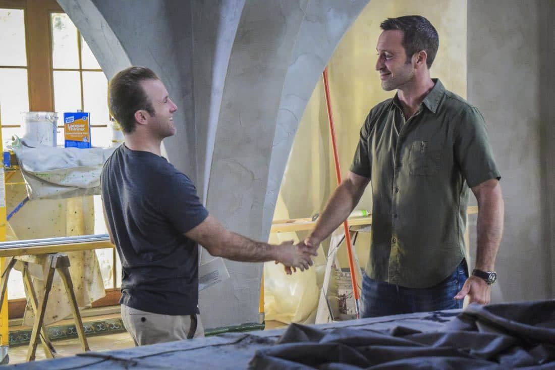"""'A'ole e '?lelo mai ana ke ahi ua ana ia"" -- McGarrett and Danny recruit Tani Rey (Meaghan Rath) to join the task force when diabolical hacker Aaron Wright (Joey Lawrence) releases a dangerous arsonist from prison, on the eighth season premiere of HAWAII FIVE-0, Friday, Sept. 29 (9:00-10:00 PM, ET/PT) on the CBS Television Network. The season premiere includes animation of one of McGarrett and Danny's infamous ""car-guements."" Also, Randy Couture returns, and Joey Lawrence joins his brother, Andrew, when he guest stars as Aaron Wright, a hacker. Pictured left to right: Scott Caan as Danny ""Danno"" Williams and Alex O'Loughlin as Steve MCGarrett. Photo credit: Norman Shapiro/©2017 CBS Broadcasting, Inc. All Rights Reserved. (""'A'ole e 'ōlelo mai ana ke ahi ua ana ia"" is Hawaiian for ""Fire Will Never Say that It Has Had Enough"")"