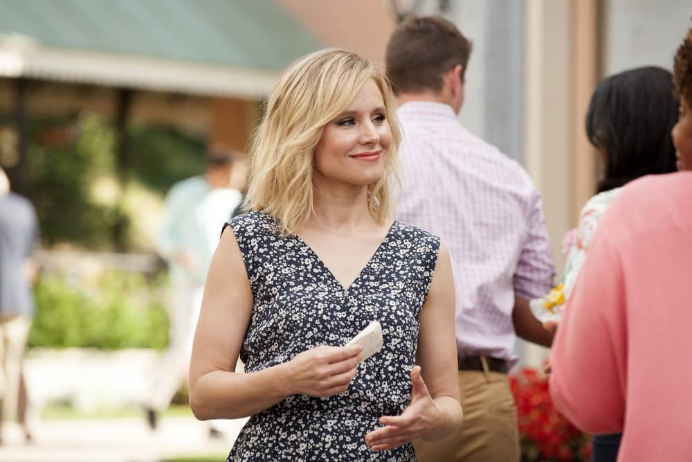 """THE GOOD PLACE -- """"Everything is Great!"""" Episode 201 -- Pictured: Kristen Bell as Eleanor Shellstrop -- (Photo by: Colleen Hayes/NBC)"""
