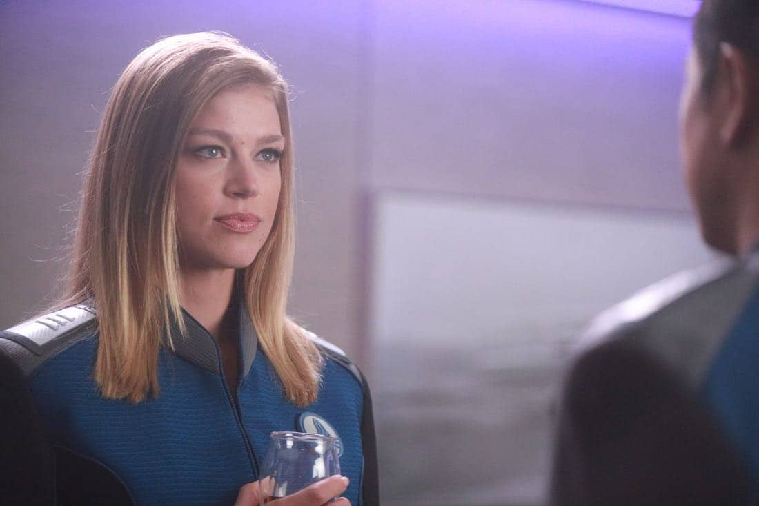 """THE ORVILLE:   Adrianne Palicki in the """"Command Performance"""" episode of THE ORVILLE, the second part of the two-night special series premiere airing Sunday, Sept. 17 (8:00-9:00 PM ET LIVE to all Time Zones), immediately following the NFL Doubleheader on FOX. ©2017 Fox Broadcasting Co. Cr:  Jordin Althaus/FOX"""