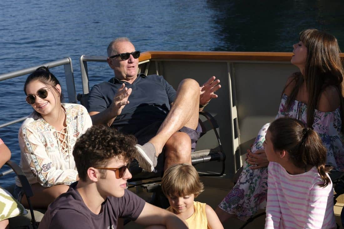 "MODERN FAMILY - ""Lake Life"" - In the season premiere, Jay forces the family to take their family vacation on a houseboat on a lake in an effort to create memories that will last long after he's gone. Meanwhile, Mitchell runs into an old flame that opens some old wounds; Cam has to stay out of the sun at all costs; Phil and Claire try out some adventureous excursions; and the kids' quest for a good time may not be as fun as they expected. ""Modern Family"" premieres WEDNESDAY, SEPTEMBER 27 (9:00-9:31 p.m. EDT), on The ABC Television Network. (ABC/David Moir)"