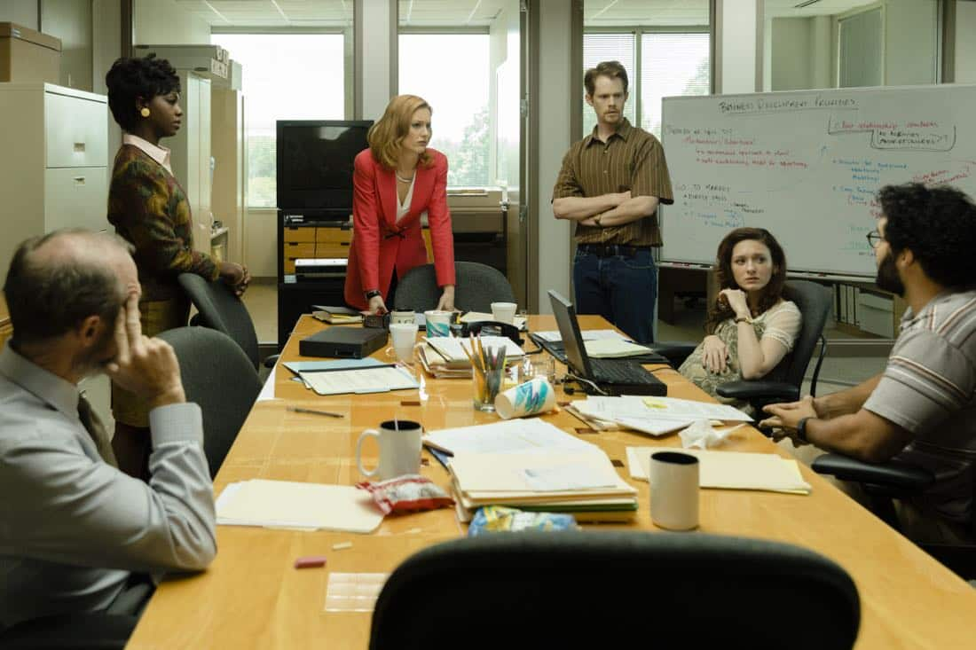 Kerry Bishe as Donna Emerson, Toby Huss as John Bosworth,  Chelsea Talmadge as Vera, Brian Norris as Elliot, Cristian Gonzalez as Cecil, Sasha Morfaw as Tanya Reese - Halt and Catch Fire _ Season 4, Episode 5 - Photo Credit: Bob Mahoney/AMC