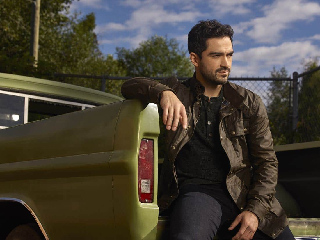 THE EXORCIST: Alfonso Herrera as Father Tomas in THE EXORCIST premiering Friday, Sept. 29 (9:00-10:00 PM ET/PT) on FOX. ©2017 Fox Broadcasting Co. Cr: Mathieu Young/FOX