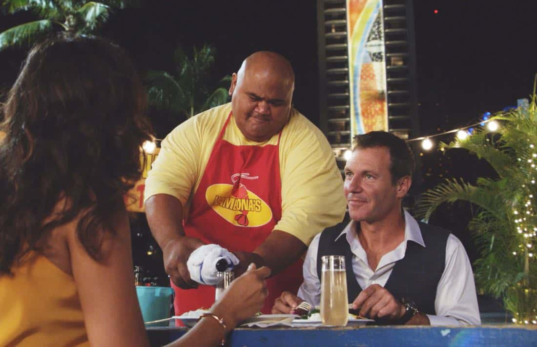 """Kau Pahi, Ko'u Kua. Kau Pu, Ko'u Po'o"" -- Five-0 enlists the help of an old friend when the boss of a major crime family is murdered, triggering revenge killings across the island. Also, MacGarrett and Danny begin sorting out particulars in their new restaurant venture, on HAWAII FIVE-0, Friday, Oct. 6 (9:00-10:00 PM, ET/PT) on the CBS Television Network. Pictured: left to right: Taylor Wily as Kamekona and Chris Vance as Harry Langford. Photo: HD ScreenGrab/ CBS, ©2017 CBS Broadcasting, Inc. All Rights Reserved.  (""K?u pahi, ko'u kua. K?u p?, ko'u po'o."" is Hawaiian for ""Your Knife, My Back. My Gun, Your Head."")"