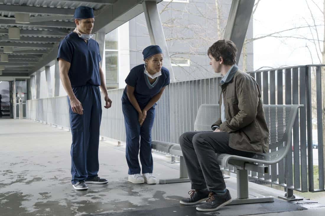 """THE GOOD DOCTOR - """"PILOT - Burnt Food"""" - Dr. Shaun Murphy (Freddie Highmore), a young surgeon with autism and savant syndrome, relocates from a quiet country life to join the prestigious St. Bonaventure hospital's surgical unit. Alone in the world and unable to personally connect with those around him, his only advocate, Dr. Aaron Glassman (Richard Schiff), challenges the skepticism and prejudices of the hospital's board and staff when he brings him in to join the team. Shaun will need to work harder than he ever has before, as he navigates his new environment and relationships to prove to his colleagues that his extraordinary medical gifts will save lives. The highly anticipated series premiere of """"The Good Doctor"""" airs MONDAY, SEPTEMBER 25 (10:01-11:00 p.m. EDT), on The ABC Television Network. (ABC/Liane Hentscher) NICHOLAS GONZALEZ, ANTONIA THOMAS, FREDDIE HIGHMORE"""