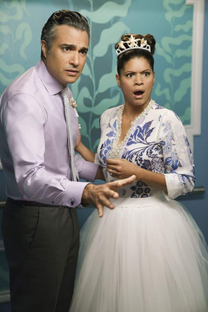 "Jane The Virgin -- ""Chapter Sixty-Five"" -- Image Number: JAV401a_0098.jpg -- Pictured (L-R): Jaime Camil as Rogelio and Andrea Navedo as Xo -- Photo: Michael Desmond/The CW -- © 2017 The CW Network, LLC. All Rights Reserved."