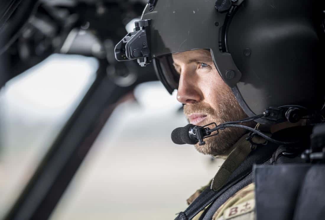 """Valor -- """"Pilot"""" Pictured: Matt Barr as Gallo -- Photo: Erika Doss/The CW © 2017 The CW Network, LLC. All Rights Reserved."""