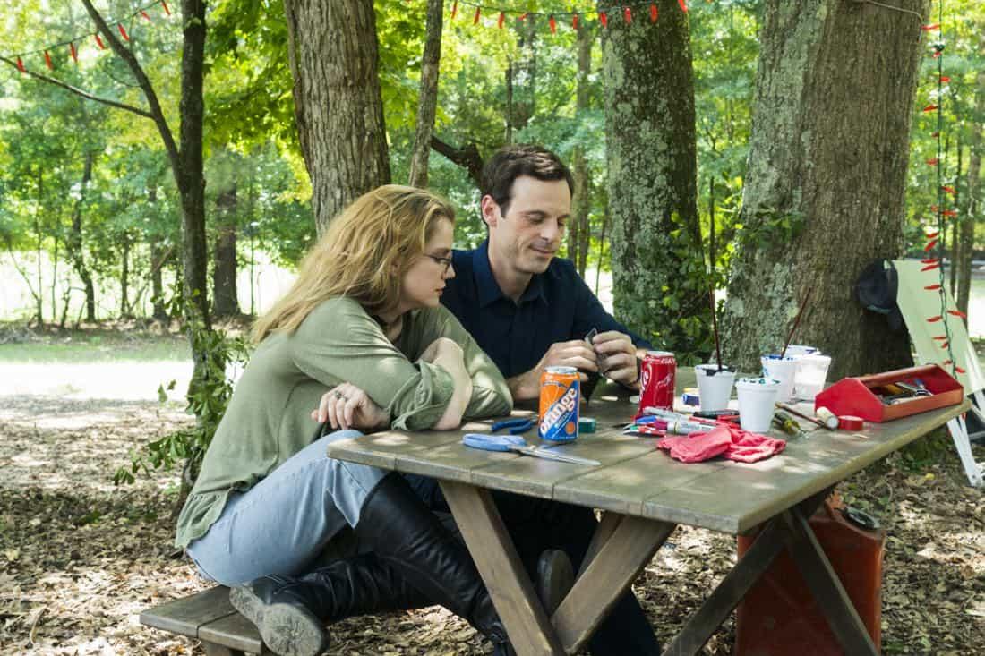 Scoot McNairy as Gordon Clark, Anna Chlumsky as Katie Herman- Halt and Catch Fire _ Season 4, Episode 6 - Photo Credit: Tina Rowden/AMC