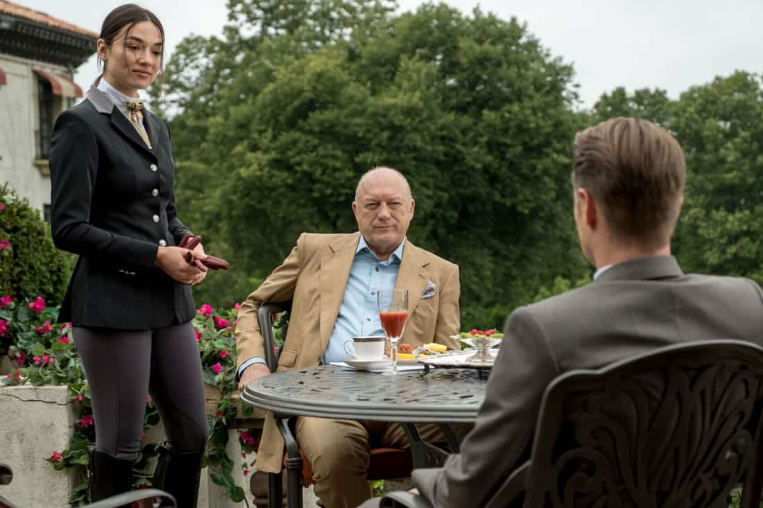 "GOTHAM: L-R: Crystal Reed, guest star John Doman and Ben McKenzie in ""A Dark Knight: They Who Hide Behind Masks"""