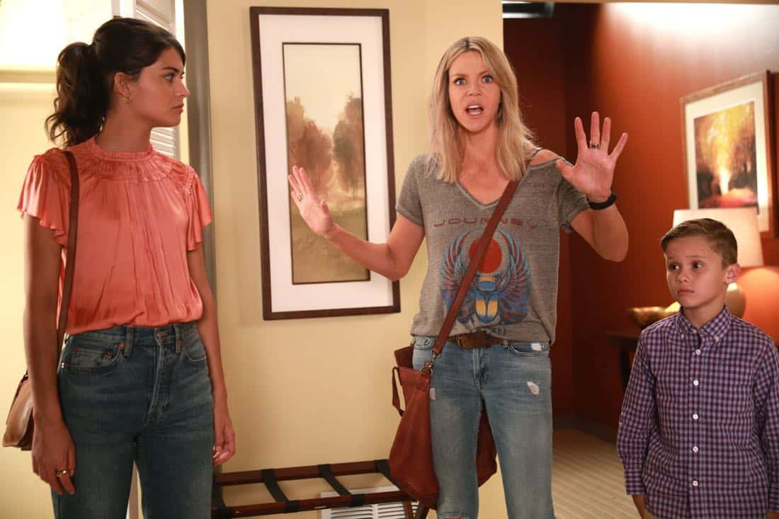 """THE MICK: (L-R) Sofia Black-D'Elia, Kaitlin Olson and Jack Stanton in the """"The Hotel"""""""